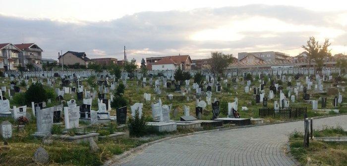 varrezat_ne_gjilan1476374131