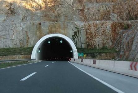 tunel-696x469
